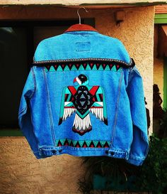 Hand painted up-cycled denim jacket with thunderbird on the back. Size: Mens L or Womens XL Ca. Revamp Clothes, Diy Clothes, Painted Denim Jacket, Denim Crafts, Painted Clothes, Western Wear, Denim Fashion, Custom Clothes, Blazers