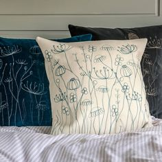 'Freehand' machine embroidered cushion by Jane Lindsay of Snapdragon. (No…