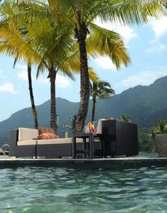 Poolside Garden Furniture #home #decor #summer #sofa