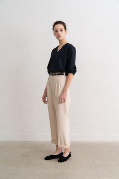 Minimal Fashion, Urban Fashion, Parisienne Style, Basic Outfits, Business Outfits, Office Fashion, Vogue, Fashion Outfits, Womens Fashion
