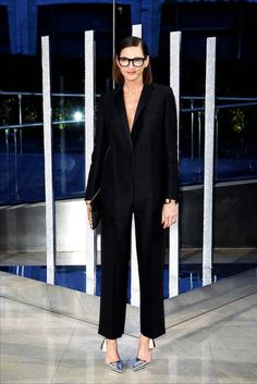 The best dressed at the 2015 CFDA awards: Jenna Lyons // black frame eyeglasses, tux jumpsuit & metallic silver heels #style #fashion