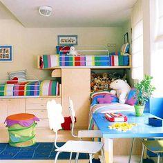 DOIS EM UM Ter um quarto para duas crianças é uma situação bastante comum. A decoração pode ser um pouco mais difícil, mas a situação pode fazer muito bem