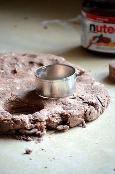 Nutella scones for Eliz Just Desserts, Delicious Desserts, Dessert Recipes, Yummy Food, Scone Recipes, Nuss Nougat Creme, Savory Scones, High Tea, Bread Baking