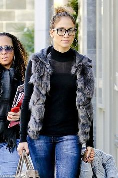 Love this. JLo, no makeup. Messy hair. Glasses. So cute. (I'm not even a big fan of hers, but this is great)