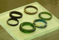 Medieval glass rings/ Skleněné prsteny (středověk)