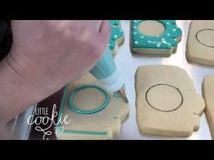 How to decorate cute camera cookies Cut Out Cookies, Cute Cookies, No Bake Cookies, Sugar Cookies, Party Desserts, Cookie Desserts, How To Make Camera, Sugar Cookie Royal Icing, Cute Camera