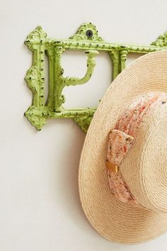 love this rustic green hook rack http://rstyle.me/n/w83whr9te