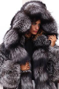 1000 Ideas About Fox Fur Coat On Pinterest Fox Fur Fur