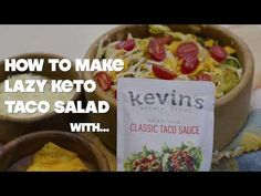 Enjoy this easy Lazy Keto Taco Salad, which combineds crisp lettuce, with marinated ground beef, cheese, dressing and other accoutrements that make this the perfect comfort food dinner. Whole Food Recipes, Keto Recipes, Dinner Recipes, Keto Taco Salad, Taco Sauce, Lettuce, Grain Free, Ground Beef, Sugar Free