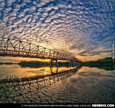 Amazing slow-shutter shot of cloud formation - MemePix
