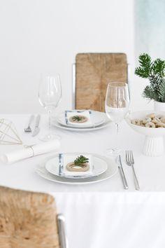 Passion Shake | Christmas series – Table setting idea | http://passionshake.com