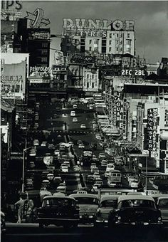 1962 snap looking east up William Street to Kings Cross. Melbourne Victoria, Victoria Australia, Sydney Australia, Great Photos, Old Photos, Terra Australis, Australian Photography, Cities, Williams Street