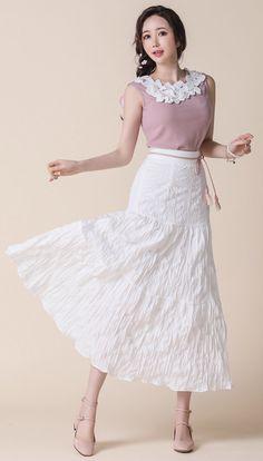 StyleOnme_Elastic Waistband Crinkled Long Skirt #ivory #long #skirt #feminine #koreanfashion #kstyle #kfashion #springtrend #seoul #dailylook