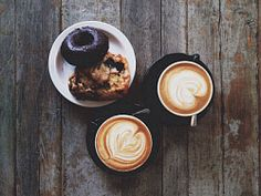 Two coffees and two cookies on wood Latte, Bakery, Cookies, Coffee, Wood, Desserts, Crack Crackers, Kaffee, Tailgate Desserts