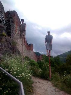 Poenari castle Vlad The Impaler, Open Market, Modern Times, Dracula, Historian, Vampires, Old Houses, Romania, Castles