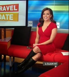 THE APPRECIATION OF BOOTED NEWS WOMEN BLOG : THE VERY BEST OF ROBIN MEADE