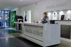 Claudia Strater - Ook de winkelinrichting is met stijl en klasse  ingericht.