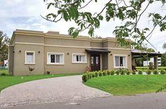 Seratti y Saviotti Arquitectos - Casa estilo clásico campo argentino