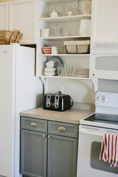 Really love open shelving and different colors on upper and lower cabinets