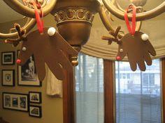 Handprint reindeer from Fuzzysheep.com