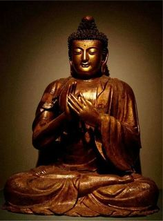 Chinese Buddhist Art and Statues with beautiful lines and vibrant colours. Giving the feeling of calm and serenity. Bodhisattvas and Warrior Monks. posted by Sifu Derek Frearson Buddha Lotus, Buddha Zen, Buddha Buddhism, Buddhist Art, Tibet, Wood Sculpture, Sculptures, Meditation For Health, Amitabha Buddha
