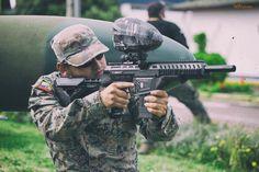 Sesión fotográfica en las instalaciones de la Base Aérea de las Fuerzas Armadas para uno de los equipos más reconocidos de #Paintball en Ecuador.