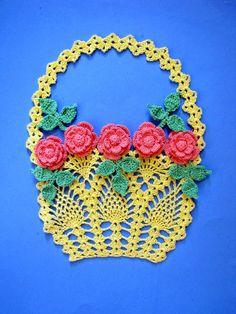BellaCrochet: More Vintage Floral Doilies
