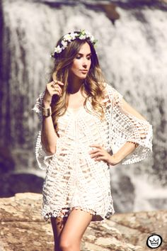 http://fashioncoolture.com.br/2014/01/29/look-du-jour-waterfall/