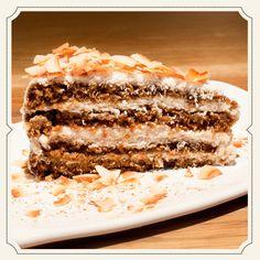 HOME MADE VEGAN TOASTED COCONUT CAKE. #vegan #cake #tastyandhealthy #teresacarles #barcelona #food