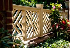Chippendale-style fence - Hess Landscape Architects