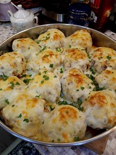 Bulgarian Desserts, Bulgarian Recipes, Bulgarian Food, Easter Bread Recipe, Meat Recipes, Cooking Recipes, My Favorite Food, Favorite Recipes, Buttery Biscuits
