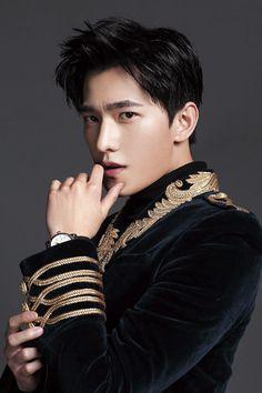 微博 Handsome Actors, Cute Actors, Handsome Boys, Asian Actors, Korean Actors, Beautiful Boys, Gorgeous Men, Yang Yang Actor, Wei Wei