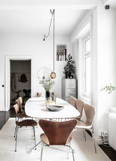 Large open plan apartment - via Coco Lapine Design blog
