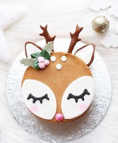 Christmas cake ideas with a wow factor to keep your guests Weihnachtskuchen Ideen mit einem Wow-Faktor, um Ihre Gäste zu beeindrucken – … Kindergeburtstag – Cake Christmas cake ideas with a wow factor to impress your guests children's birthday party - Christmas Cake Designs, Christmas Cake Decorations, Christmas Desserts, Christmas Baking, Christmas Treats, Christmas Cookies, Chrismas Cake, Christmas Birthday Cake, Christmas Christmas