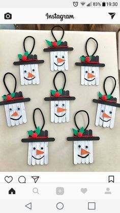 Preschool Christmas Crafts, Christmas Crafts For Kids To Make, Christmas Ornament Crafts, Snowman Crafts, Xmas Crafts, Craft Stick Crafts, Christmas Diy, Snowman Ornaments, Popsicle Stick Christmas Crafts