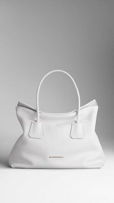 Dream White Purse: Medium Leather Tote Bag | Burberry