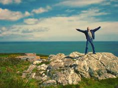 "On instagram by vjqt  #landscape #contratahotel (o)  http://ift.tt/1PwCtBH  ""This is your #life this is your #moment""  #howth #ireland #irlanda  #landschaft #paisajes #paisaje #travel #viajar #viajes #viaje #reisen #reise #nature #naturaleza #natur #thejourney #doloresoriordan #mar #sea #libertad #freedom #sky #cielo #himmel #horizonte #horizon"