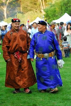 "mongolian garb sca | In general, Mongolian clothes follow the principle ""What I have, do ..."