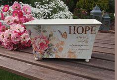 Duży Pojemnik z Motywem Róży Decoupage / Large container of motive Rose Decoupage