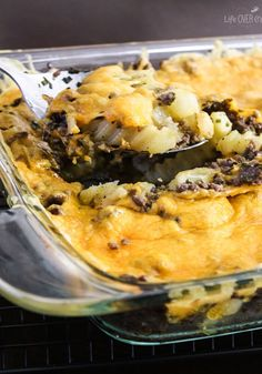 French fries, hamburger meat and cheese = DELICIOUS! This French Fry Casserole will be your family's new favorite meal!