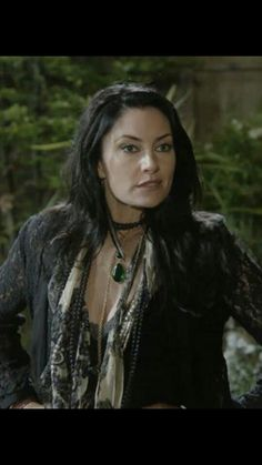 Aunt Wendy always rocks it! Madchen Amick, Witches Of East End, Witch Fashion, Eclectic Style, Wicca, Fasion, Style Icons, What To Wear, My Style