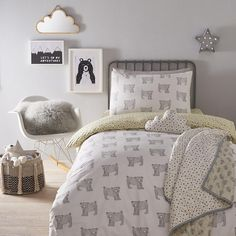 From our own range, this bedding set is an adorable addition to their bedroom. Crafted in soft, organic cotton for all-night comfort, its contrasting, reversible design is covered in a playful bear print. Scandi Bedroom, Bedroom Bed, Bedroom Decor, Bedroom Ideas, Bed Rooms, Grey Boys Rooms, Cluttered Bedroom, Toddler Duvet, Cool Kids Bedrooms