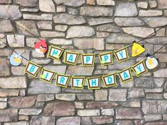 "Fun, unique and original Angry Birds ""Happy Birthday"" banner 