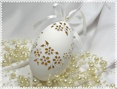 Check out our ornaments & accents selection for the very best in unique or custom, handmade pieces from our shops. Types Of Eggs, Carved Eggs, Egg Art, Egg Decorating, Egg Shells, Dremel, Easter Crafts, Easter Eggs, Decoupage