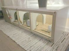 I just got myself a bunny and when looking for bunny cages, I didn't find anything interesting or a setup that would fit into my interior. So I had the idea of making one myself using the Ikea Kallax