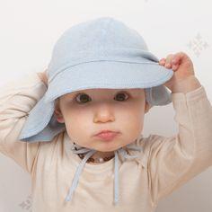 """Schildmütze mit Nackenschutz für optimalen Sonnenschutz.  Cap with neck protection for optimal sun protection. """"you can leave your hat on""""  Artikel/article 622858  #selana #organicclothes #eco #sustainablekidsfashion #knitwear #kidswear #fashionforkids #fashionkids #kidsfashion #stylishkids #eshop #onlinekidsstore #babyshower #mumlife #family #swissmade #cap #mütze #sunprotection #sonnenschutz #motherhood Fashion Kids, Switzerland, Baby, Solar Shades, Baby Humor, Infant, Babies, Babys"""