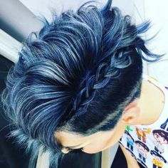 New hair color short blue dyes Ideas Haircut And Color, Short Hair Cuts, Short Pixie, Pixie Cuts, Grunge Hair, Hair Today, Hair Dos, Pretty Hairstyles, Ladies Hairstyles