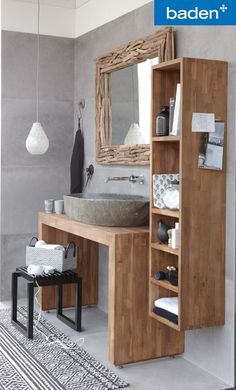 Een badkamermeubel van echt teakhout.