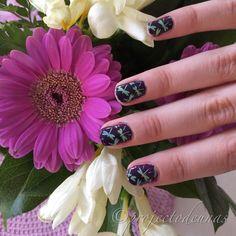 Nails for my other niece Milja  . #vernisàongles #nagelkunst #nailart #nägel #prettynails #purplenails #stampingnails #stamping…