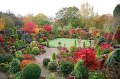 Beautiful English garden   - the colors!